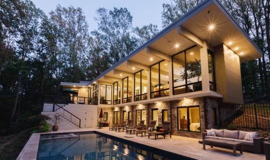 luxury home design with pool and modern home in Lutherville-Timonium, MD